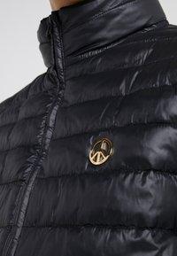 Love Moschino - Lehká bunda - black - 4