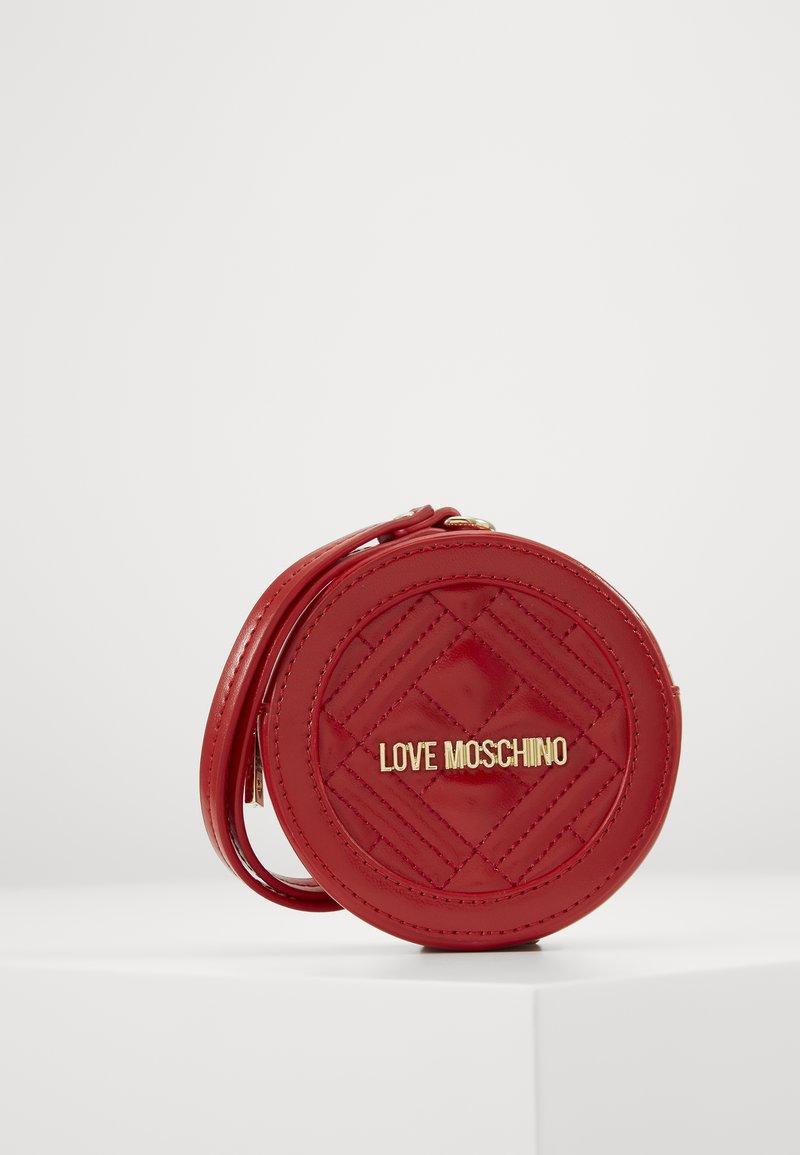 Love Moschino - POCHETTE - Borsa a tracolla - red