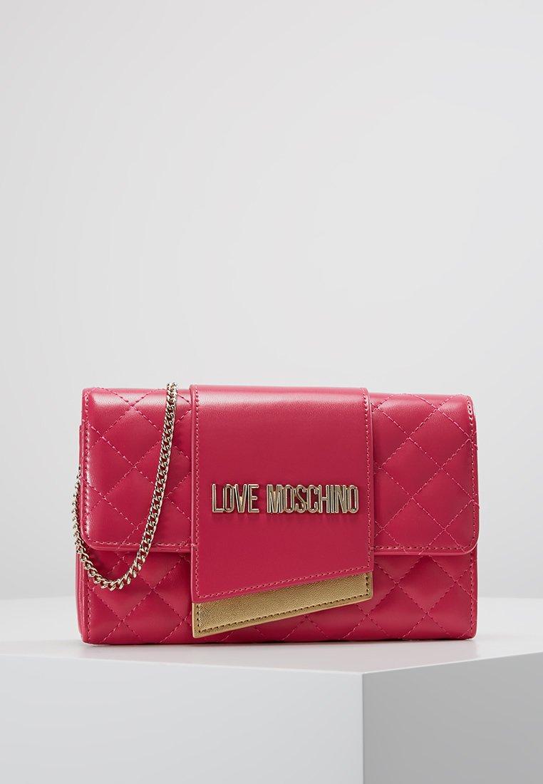 Love Moschino - QUILTED FLAP CROSSBODY - Across body bag - fuchsia
