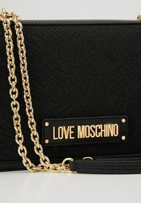 Love Moschino - Handtasche - nero - 6