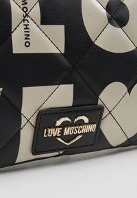 Love Moschino - Clutch - fantasy color - 6