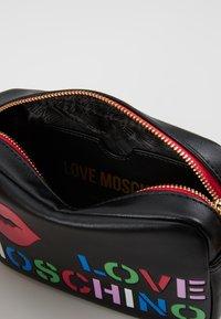 Love Moschino - CAMERA BAG - Taška spříčným popruhem - black - 4