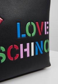 Love Moschino - Handtas - black - 6
