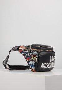 Love Moschino - Rumpetaske - multi - 4