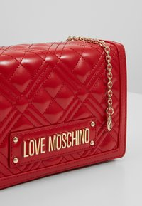 Love Moschino - Umhängetasche - red - 6
