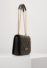 Love Moschino - Olkalaukku - black - 4