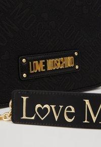Love Moschino - Borsa a tracolla - black - 2