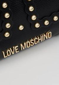 Love Moschino - ALE0 - Schoudertas - black - 6