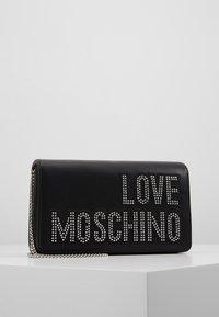 Love Moschino - Olkalaukku - black/silver - 0