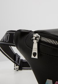 Love Moschino - PLAIN BUMBAG - Heuptas - black - 2