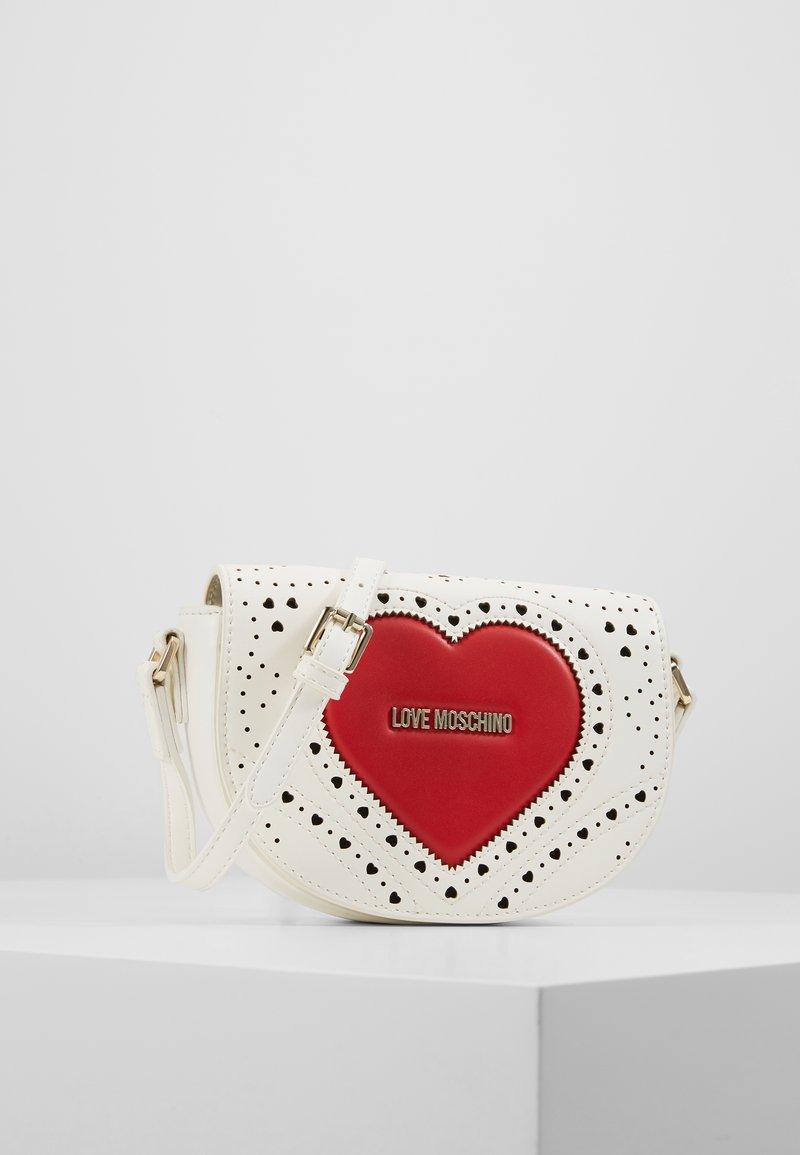 Love Moschino - Taška spříčným popruhem - white