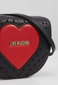 Love Moschino - Skulderveske - black - 3