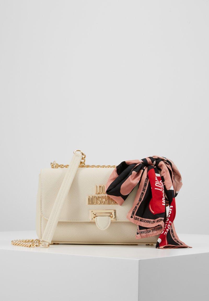 Love Moschino - Borsa a tracolla - ivory