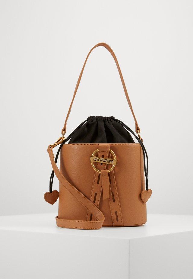 BORSA NATURALE - Handtasche - camel