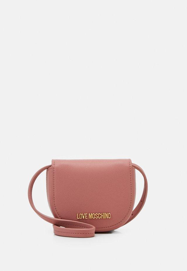 Across body bag - light pink