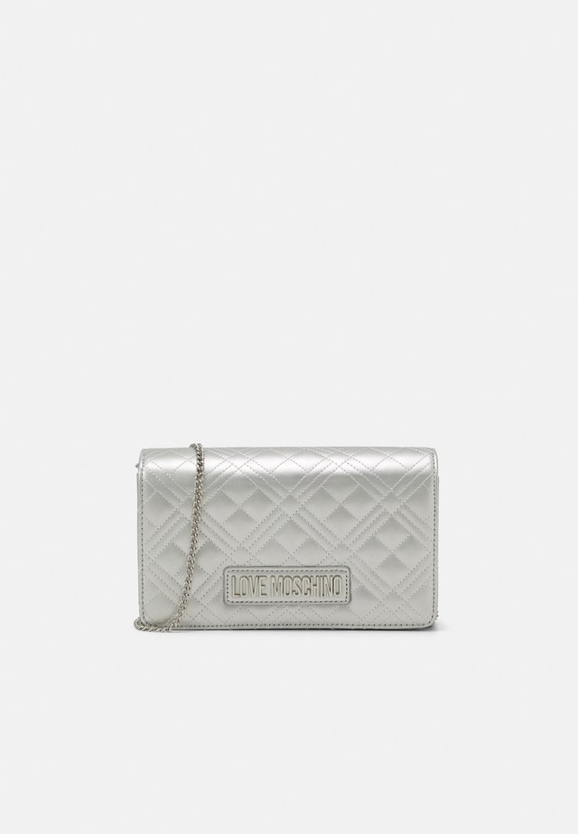 EVENING BAG - Kuvertväska - silver