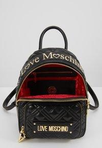 Love Moschino - Mochila - black - 4