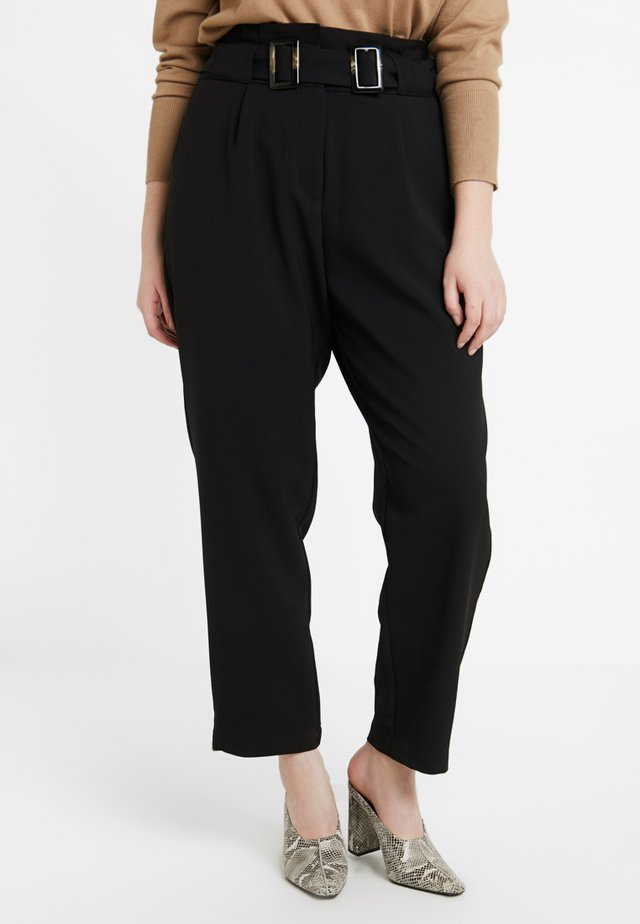 PEG TROUSER WITH DOUBLE BUCKLE - Tygbyxor - black
