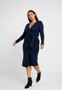Lost Ink Plus - LONGERLINE BALLET WRAP DRESS - Abito in maglia - dark blue - 1