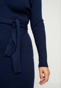 Lost Ink Plus - LONGERLINE BALLET WRAP DRESS - Abito in maglia - dark blue - 5
