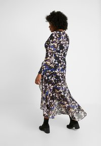 Lost Ink Plus - DRESS IN BUTTERFLY PRINT - Day dress - multi - 3