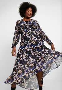 Lost Ink Plus - DRESS IN BUTTERFLY PRINT - Day dress - multi - 4