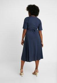 Lost Ink Plus - EXCLUSIVE DERSS WITH RUCHED SHOULDERS - Vestido informal - blue - 3