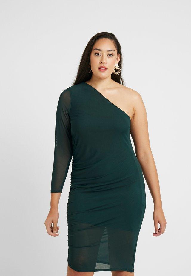 RUCHED SIDE ONE SHOULDER BODYCON DRESS - Robe d'été - green