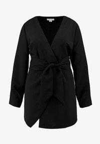 Lost Ink Plus - WRAP BELTED MIDI DRESS - Denní šaty - black - 4