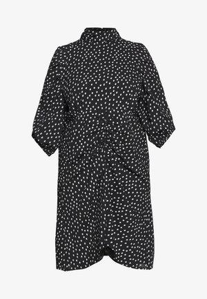 HIGH NECK RUCHED DETAIL SPOT DRESS - Korte jurk - mono