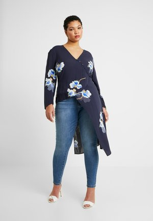 EXCLUSIVE BUTTON FRONT PRINTED BLOUSE - Bluser - navy