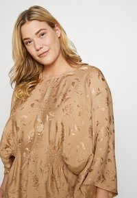 Lost Ink Plus - KIMONO SLEEVE BLOUSE - Blusa - beige - 3