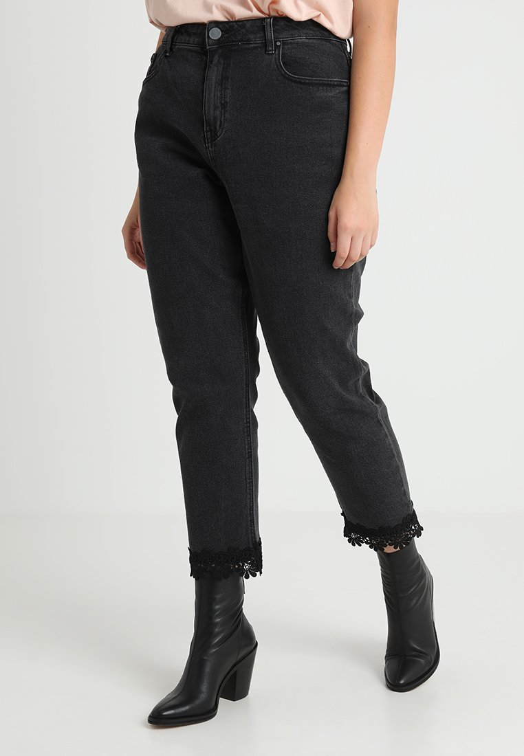 Lost Ink Plus - STRETCH MOM WITH HEM - Džíny Relaxed Fit - washed black