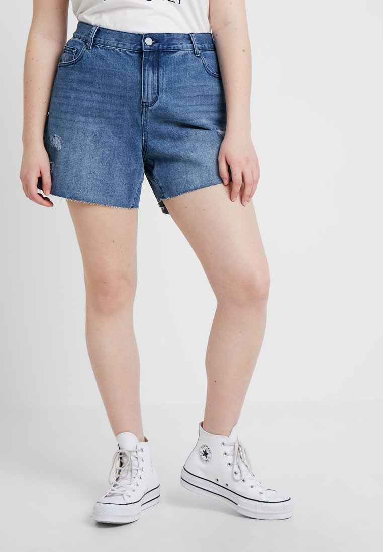 Lost Ink Plus - CAPITAL - Jeans Shorts - mid denim