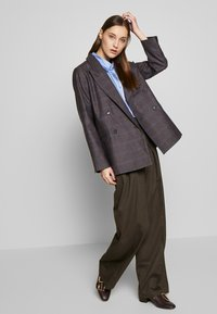 Lovechild - ROSALI - Kalhoty - brown - 1