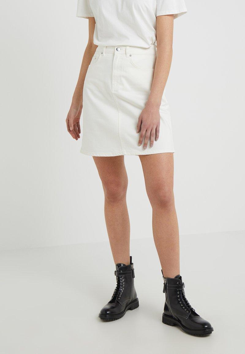 Lovechild - KATIE - Jeansrock - white