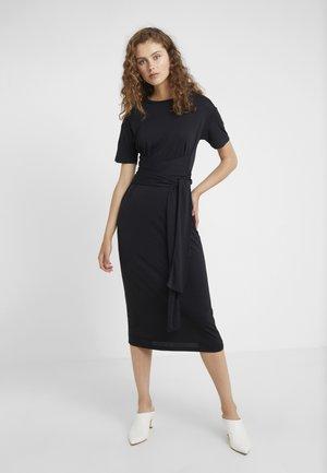 CONRAD DRESS - Trikoomekko - black