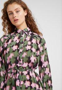 Lovechild - AURELIE DRESS - Blusenkleid - cyclamen - 4