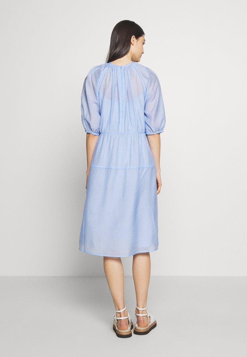 Lovechild BUSTER - Vestito estivo - light blue iaazDi per la promozione