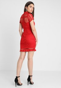 Love Triangle - DOUBLE DOLCE MINI CAP SLEEVE DRESS - Day dress - bright red - 2