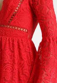 Love Triangle - QUEEN OF HEARTS DRESS - Cocktailjurk - red - 5
