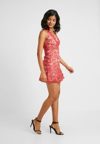 Love Triangle - DANUBE MINI DRESS - Vestito elegante - brick red - 2