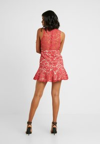 Love Triangle - DANUBE MINI DRESS - Vestito elegante - brick red - 3