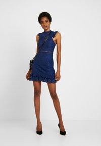 Love Triangle - ROYAL GALA DRESS - Koktejlové šaty/ šaty na párty - navy - 1