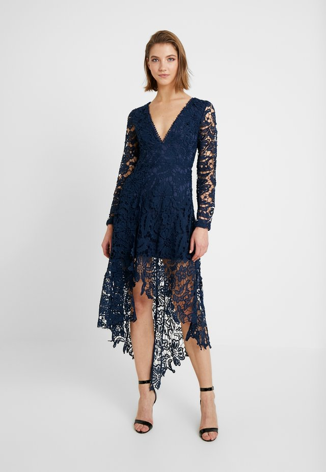 FRENCH ROSE HIGH LOW DRESS - Cocktail dress / Party dress - navy