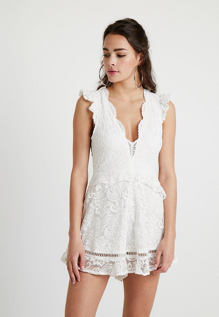 Love Triangle - AMELIA PLAYSUIT - Jumpsuit - white