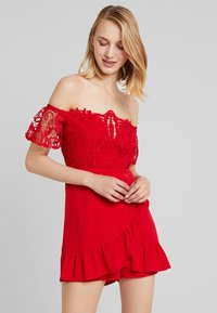Love Triangle - PLAYSUIT - Jumpsuit - red - 0
