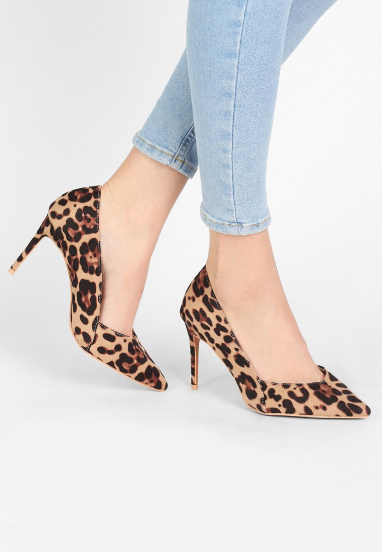 Lost Ink Wide Fit - MID LOW CUT COURT - High Heel Pumps - animal