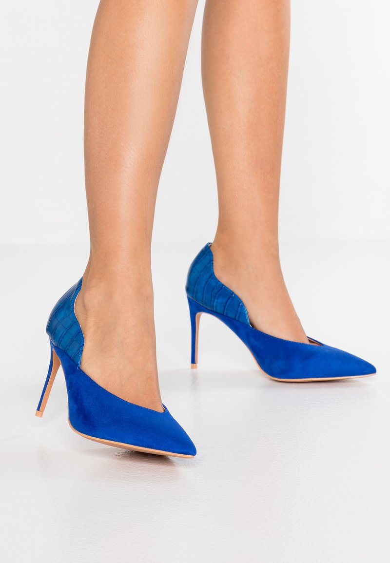 Lost Ink Wide Fit - WIDE FIT JENNIFER COURT WITH CURVE - High heels - cobalt blue