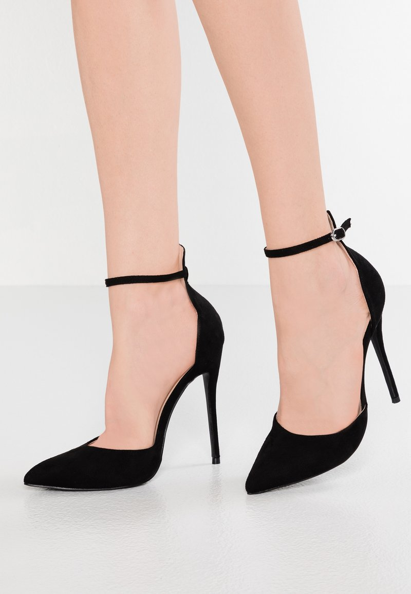 Lost Ink Wide Fit - WIDE FIT JULES ANKLE STRAP COURT - Høye hæler - black